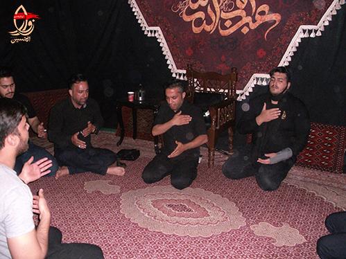 عزاداری وسینه زنی جوانان هیئت زوارالحسین درمراسم احیاء شب 19 رمضان هیئت زوارالحسین