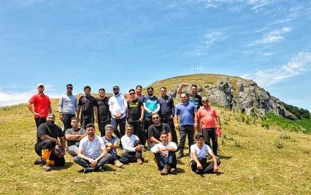 صعود کوهنوردان باشگاه آبشار آستارا به قله ۲۱۵۰ متری اسپیناس