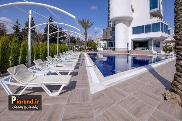 استخر رو باز Tourist Hotel Antalya